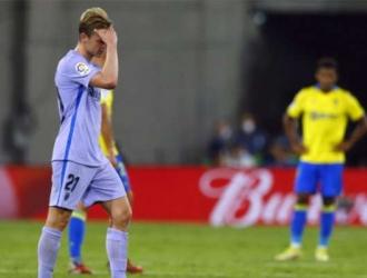 Los azulgrana acabaron con diez futbolistas por expulsión de Frenkie de Jong