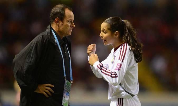 Deyna Castellanos y exjugadoras de la Sub-17 acusan a Kenneth Zseremeta por  acoso sexual (+COMUNICADO)   Fútbol 123  Meridiano.net