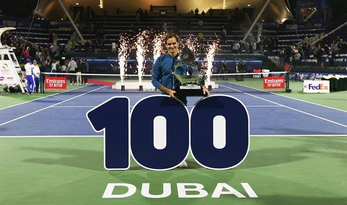 En Dubái estaban le dieron un pequeño homenaje por su título histórico/ Foto EFE