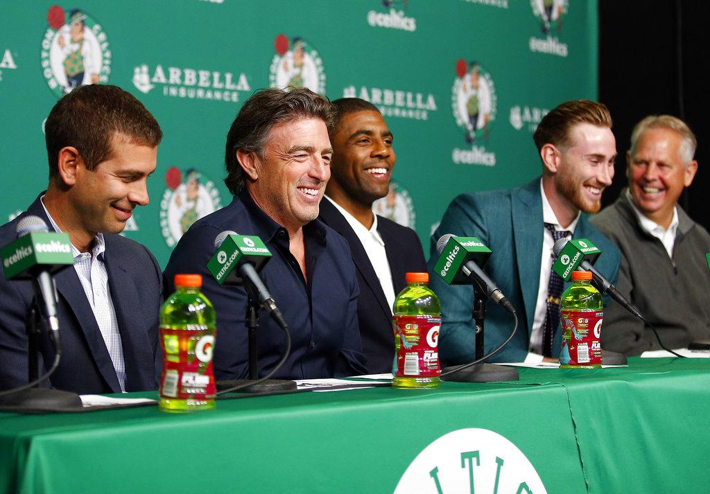 Muchas risas en la presentación /Foto AP