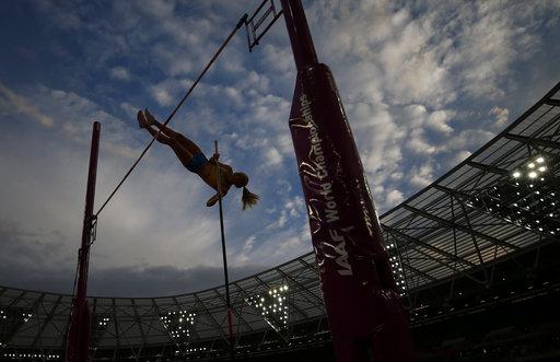 Bonita postal de la disciplina salto con garrocha /Foto AP