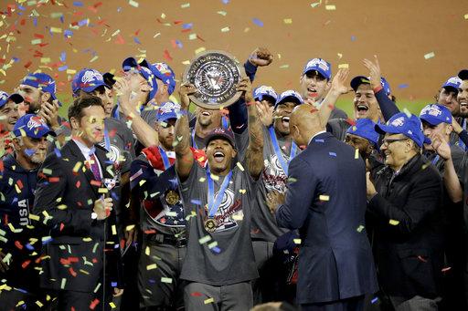 el equipo Estadounidense celebró su victoria con euforia tras proclamarse campeón en el WBC superando a Puerto Rico 8 carreras por 0. / Foto: AP