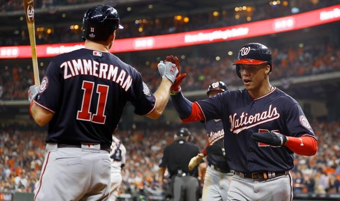 Zimmerman felicita a Soto/ Foto AP
