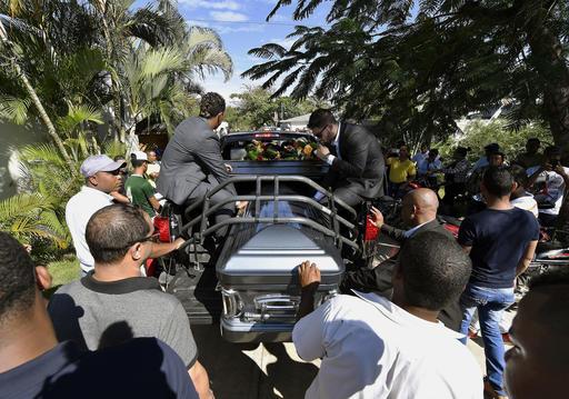 Jugadores y amigos dieron el último adiós /Foto AP