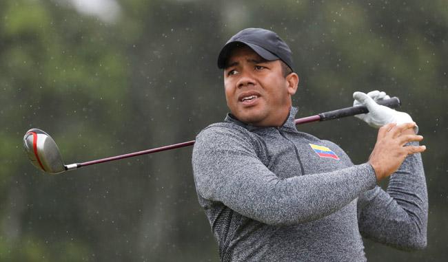 Jhonattan Vegas dejó el tricolor en alto en Golf/AP