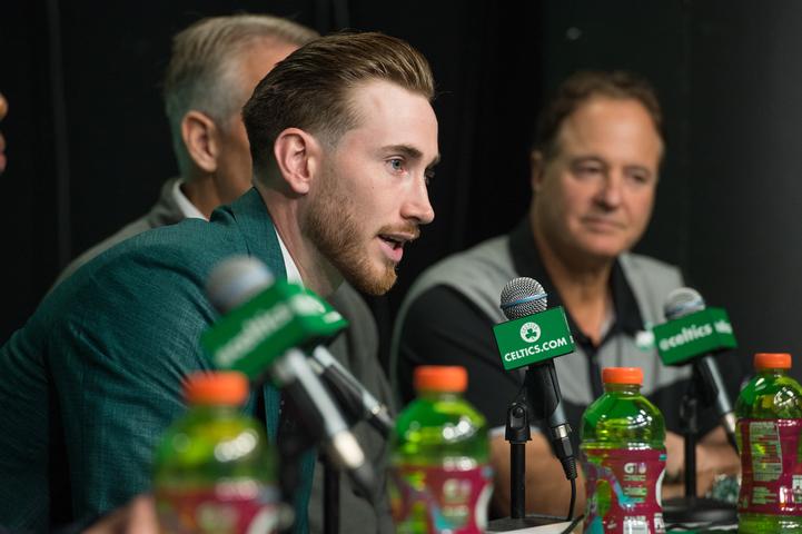 Hayward hablando con la prensa /Foto Celtics