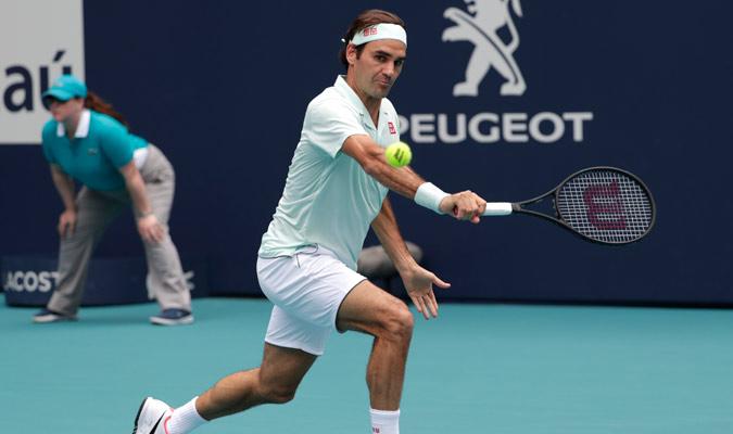 Sin bajar el ritmo, Federer continúo como si nada en el segundo parcial/ Foto AP