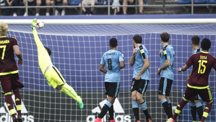 Sosa colocó la pelota en un lugar imposible de detener /Foto FIFA