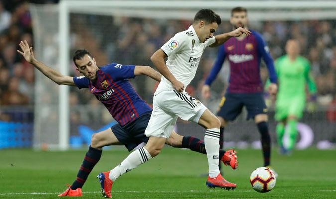 Reguilón fue uno de los pocos que sobresalió en el Madrid/ Foto AP