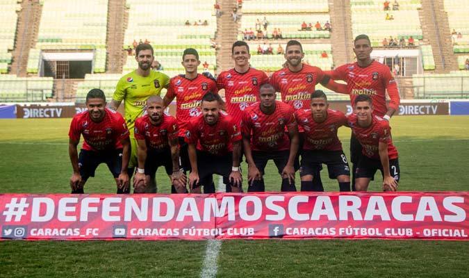 Alineación titular del rojo / Foto: Caracas FC