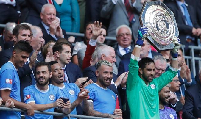 Los jugadores celebrando en la grada/ Foto AP