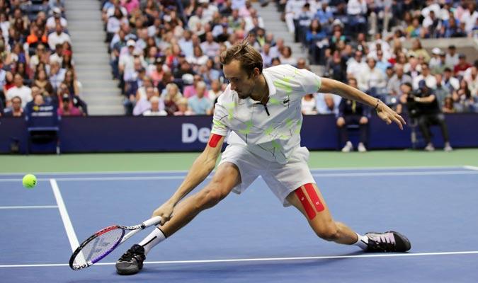 Medvedev despertó y se puso arriba en el duelo/ Foto AP