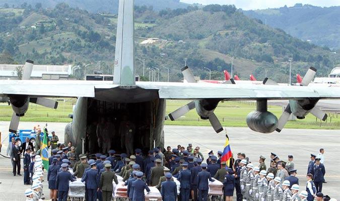 Los honores militares fueron parte de la despedida./EFE
