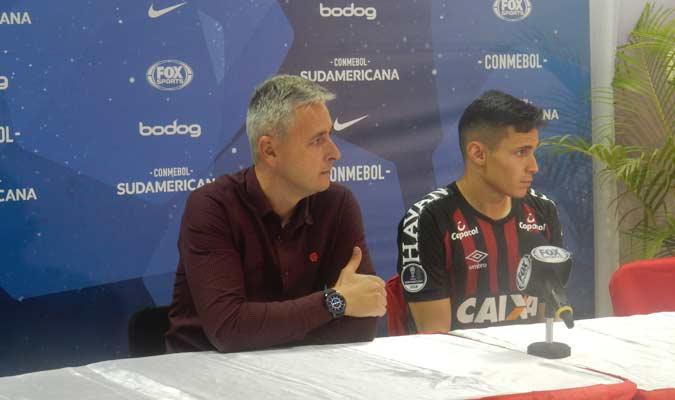 El DT de Paranaense y el goleador dieron sus impresiones del partido || Foto: Carlos Chacón