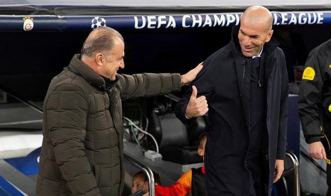 Zidane se saludó con Terim de forma muy amistosa/ Foto EFE