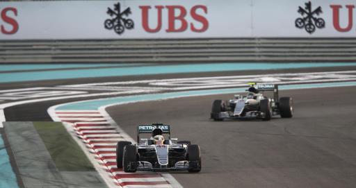 Los dos Mercedes entregaron muchas emociones /Foto AP