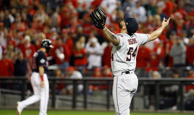 El mexicano celebró la victoria a lo grande/ Foto AP