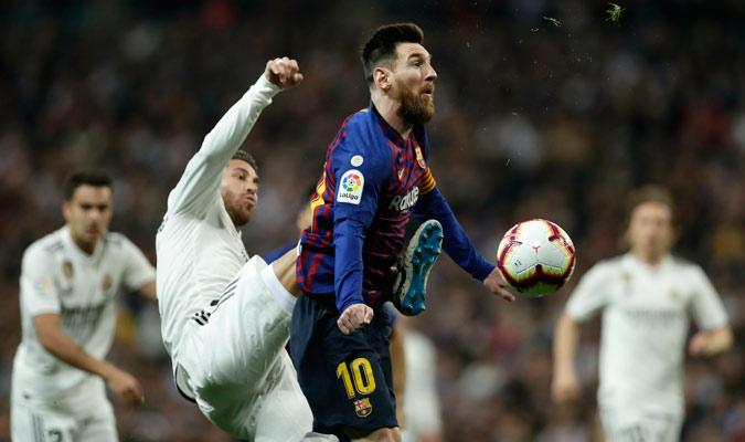 Ramos tuvo sus más y sus menos con Messi/ Foto AP
