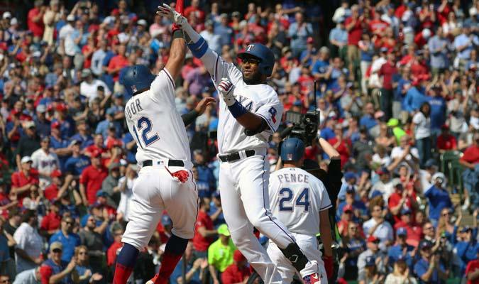 Andrus respondió con el madero a pesar de la derrota de los Rangers/ Foto AP