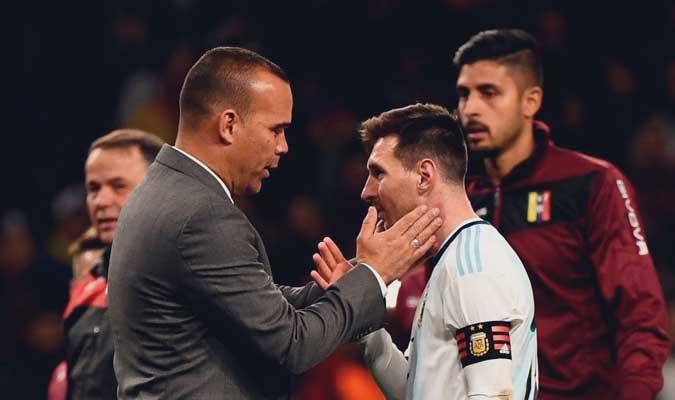 Dudamel saluda a Lionel Messi || Foto: Cortesía