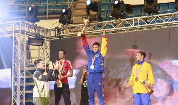 Yoel Fino clasificó a Río y quedó campeón en los 52 kg / Foto @MervinMaldonado