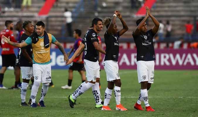 Los ecuatorianos tuvieron un gran partido / Foto: EFE