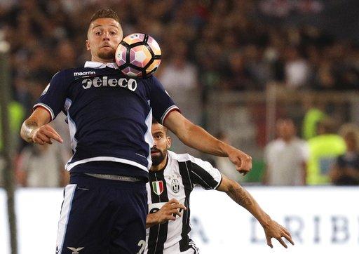 El criollo jugó completo de titular ante la Lazio / Foto AP