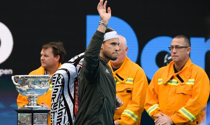 Thiem hizo su entrada a la pista/ Foto AP