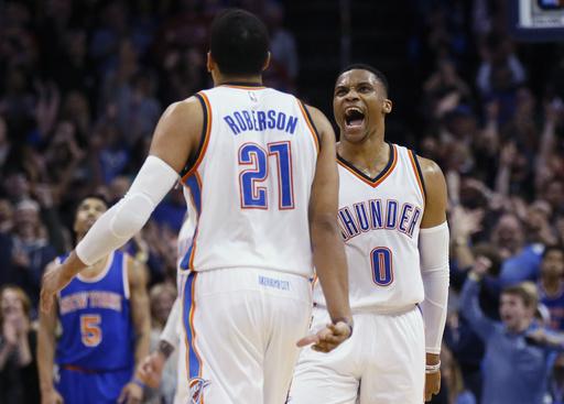 Westbrook sigue sumando triples dobles /Foto AP
