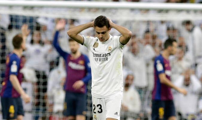 El lateral izquierdo lamentándose por la derrota/ Foto AP