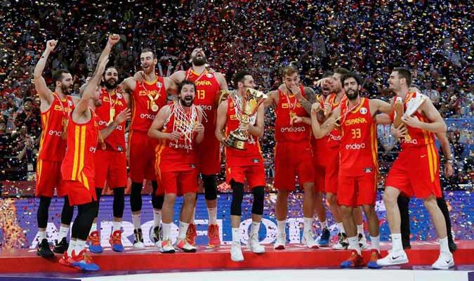 El conjunto español celebra su victoria/ Foto EFE