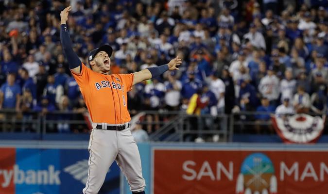 Correa tras retirar al último bateador / AP