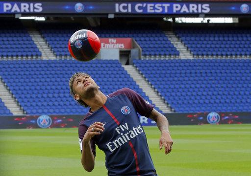 Dominando el balón /Foto AP