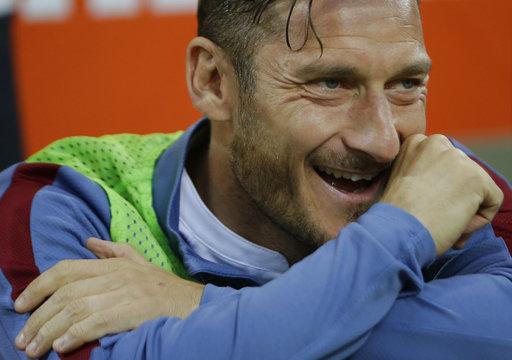 Muchas risas en el rostro de Totti /Foto AP