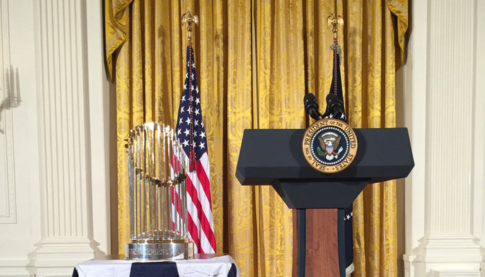 El trofeo fue protagonista importante /Foto @Cubs