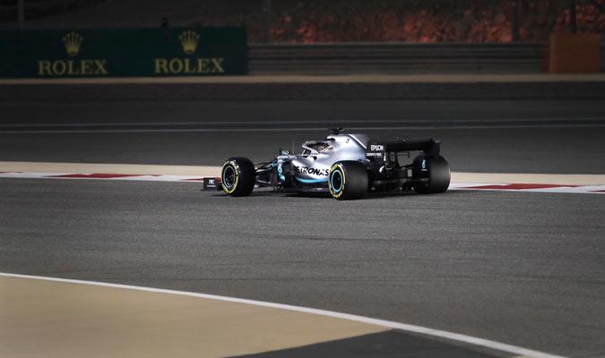 El piloto británico pudo superar a Leclerc en las vueltas finales/ Foto AP