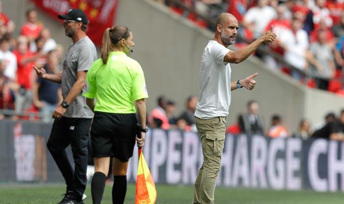 Guardiola mostró su intensidad desde el banquillo/ Foto AP
