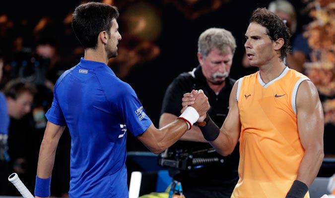 Nadal felicitando a Djokovic por su victoria/ Foto AP