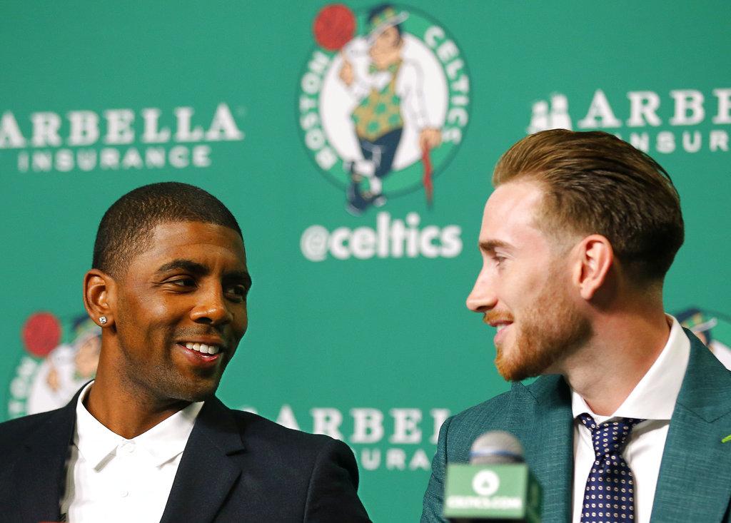 Los nuevos jugadores de los Celtics /Foto AP