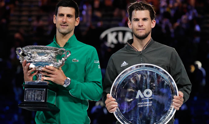 Djokovic y Thiem posan con sus trofeos/ Foto AP