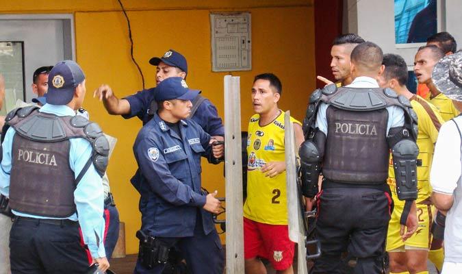 El altercado duró varios minutos | Foto: Rafael Araujo
