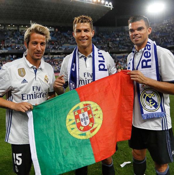 Los portugueses celebran juntos / @realmadrid