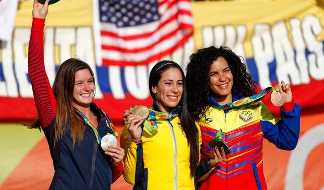 Stefany Hernandez cumplió y se alzó con el bronce/AP
