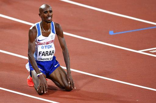 Mo Farah quedó sumamente cansado tras la carrera /Foto AP
