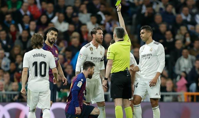 El capitán del Madrid jugó de forma muy ruda y solo se llevó una amarilla/ Foto AP
