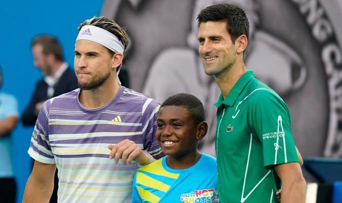 Ambos finalistas posan antes del duelo/ Foto AP
