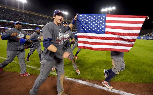 En su camino, los estadounidenses derrotaron a los dos campeones previos: a Dominicana en el cierre de la segunda ronda y a Japón (ganador de las primeras dos ediciones) en la semifinal. / Foto:AP
