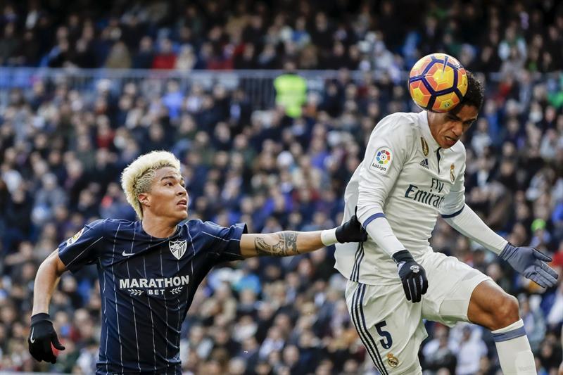 Peñaranda tuvo un complicado duelo con Ramos /Foto EFE