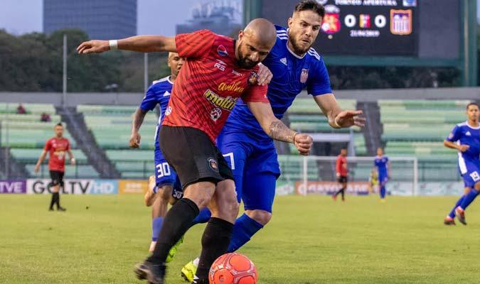 Canelón desequilibró con su velocidad / Foto: Caracas FC