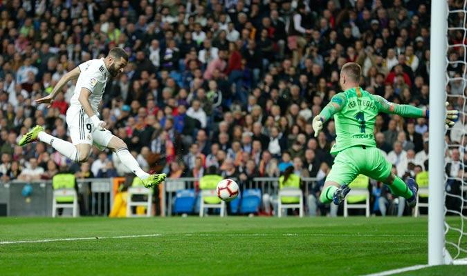Benzema no estuvo muy acertado en el duelo/ Foto AP